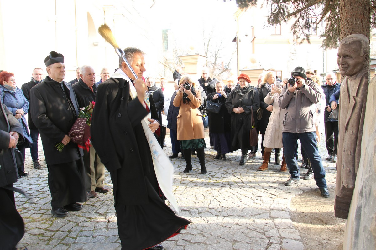 Poświęcenie pierwszej stacji Ogordu Różańcowego