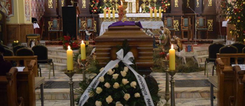 FOTORELACJA: Pogrzeb ks. prał. Mariana Rajchla